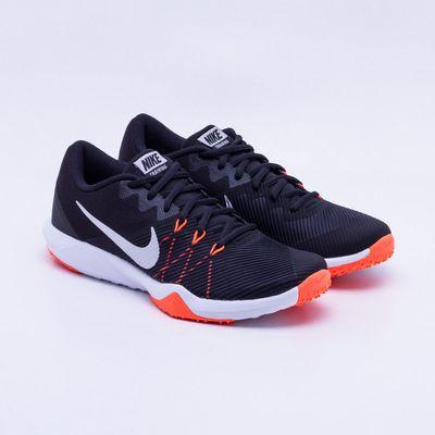 Tênis Nike Retaliation TR Masculino Preto e Laranja Neon - Gaston ... bbb493416dee1